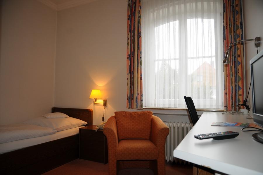 Hotel hubertus hannover zimmer for Zimmer hannover